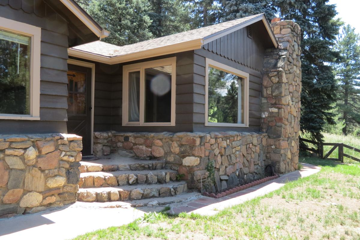 5086 Camel Heights Road, Evergreen
